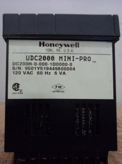 Honeywell UDC2000 Mini-Pro Temperature Controller (DC-200H-0-000-1D0000-0)