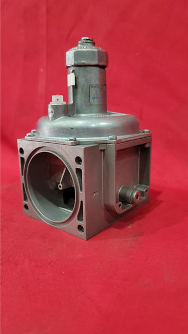 Dungs FRI 710/6 Gas Pressure Regulator