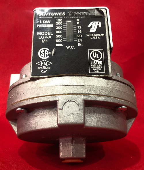 "Antunes Controls 803112503 - 6-24"" W.C. Pressure Switch"