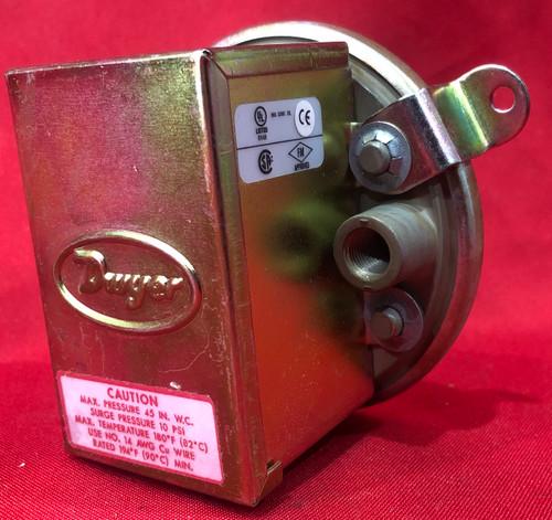 "Dwyer 1910-0 Differential Pressure Switch (0.15-0.55"" w.c.)"