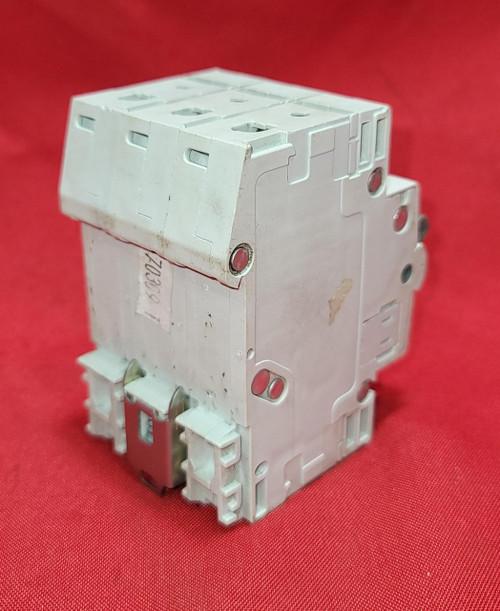 Cutler Hammer WMS3D15 15A/ 480V  3 Pole Circuit Breaker