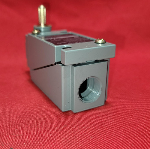 Allen Bradley 802T-FP Oiltight Limit Switch