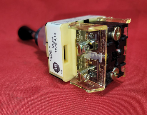 Allen Bradley 800T-T2SB21 Toggle Switch