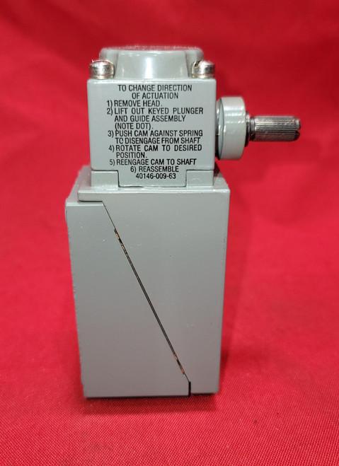 Allen Bradley 802T-ATP Spring Return Lever Compact Limit Switch