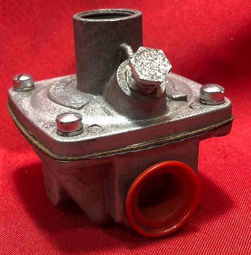 ITT General Controls V300J24C169 Gas Pressure Regulator