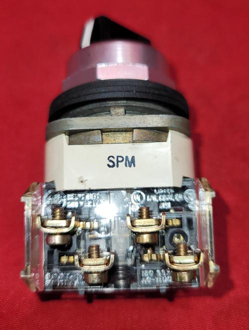 Allen Bradley 800T-J4 Selector Switch