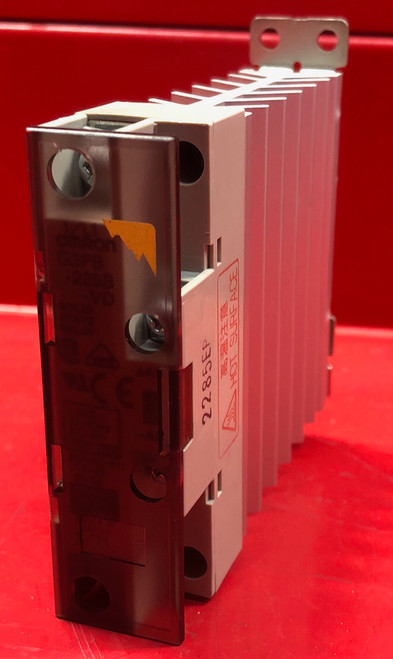 Omron G3PB-225B-VD Solid State Relay