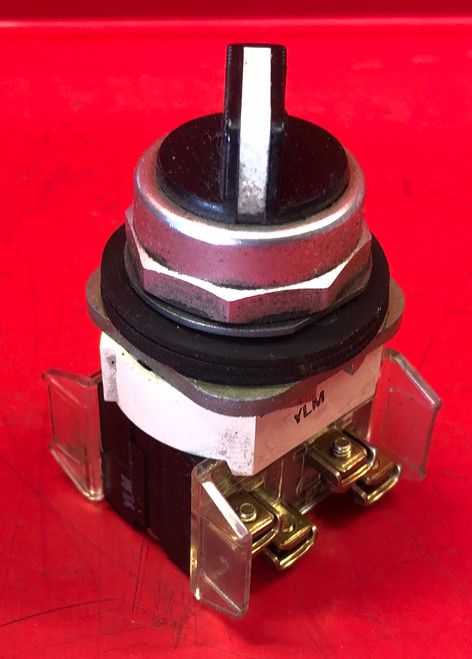 Allen Bradley 800T-H2 Selector Switch