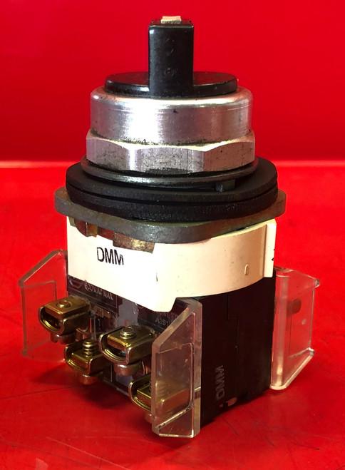Allen Bradley 800T-J4KE7 Series T Selector Switch