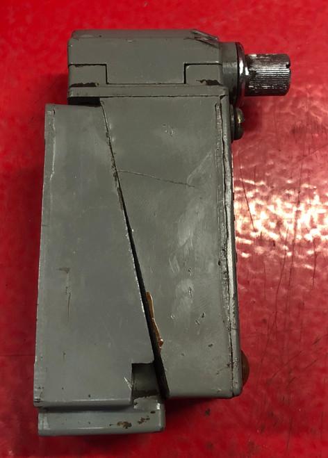 Square D 9007B54B Heavy Duty Limit Switch