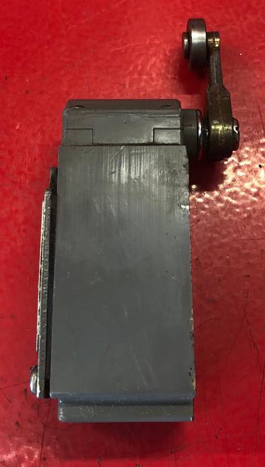 Square D 9007B53B Limit Switch