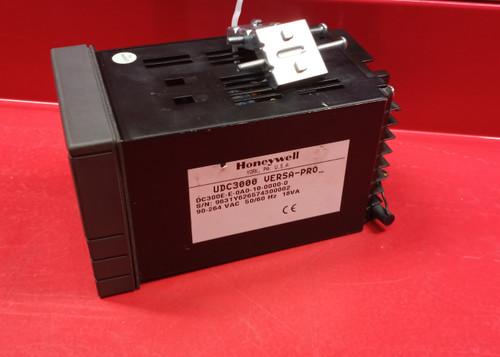 Honeywell UDC3000 (DC300E-E-0A0-10-0000-0) Versa Pro Controller