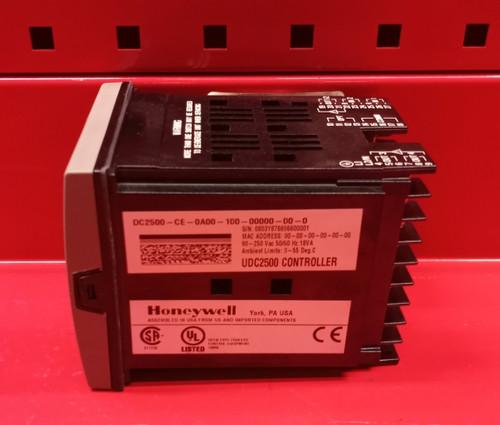 Honeywell UDC2500 (DC2500-CE-0A00-100-00000-00-0) Temperature Controller (DC2500-CE-0A00-100-00000-00-0)