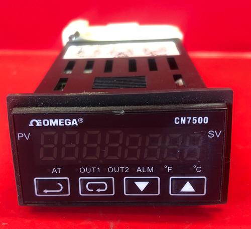 Omega CN7533 1/32 DIN Ramp/Soak Controller