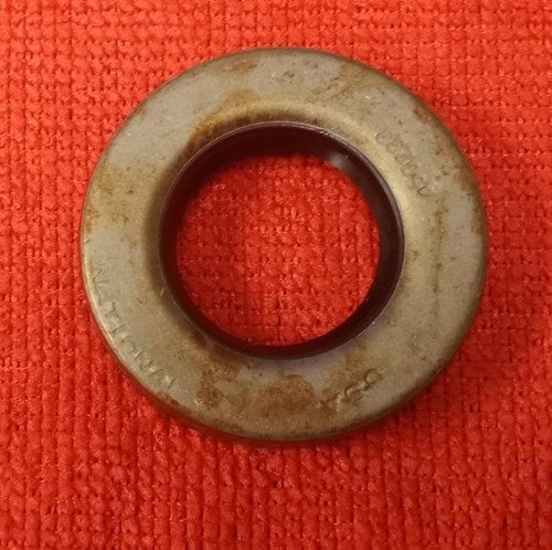 National 450233 Oil Seal