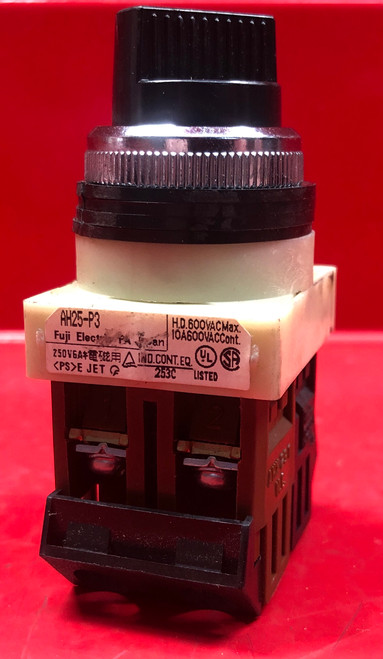 Fuji Electric AH25P3 3-Position Maintained Selector Switch