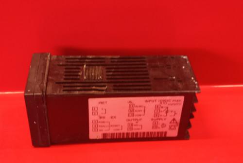Yokogawa UT150L Limit Controller (UT150L-RN/AL)USED