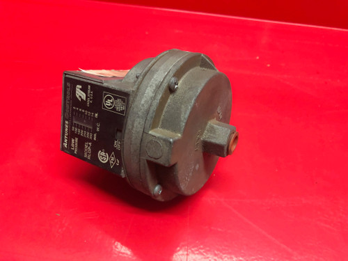 "Antunes RLGP-A Low Gas Pressure Switch, 2-14"" WC"