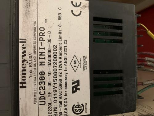 Honeywell UDC2300 Mini-Pro Temperature Controller