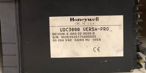 Honeywell UDC3000 Temperature Controller (DC300E-E-0A0-22-0000-0)