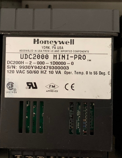 Honeywell UDC2000 Mini-Pro Temperature Controller (DC-200H-2-000-1D0000-0)