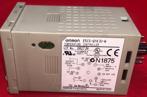 Omron E5CS-QKJU-W Temperature Controller