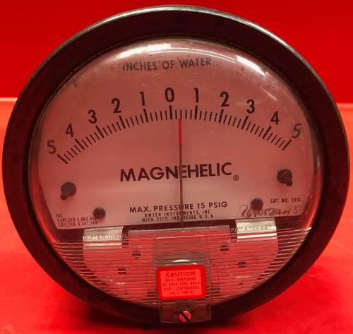 "Dwyer Magnehelic Differential Pressure Gauge 2100 C Measures 0-100"" Of Water"