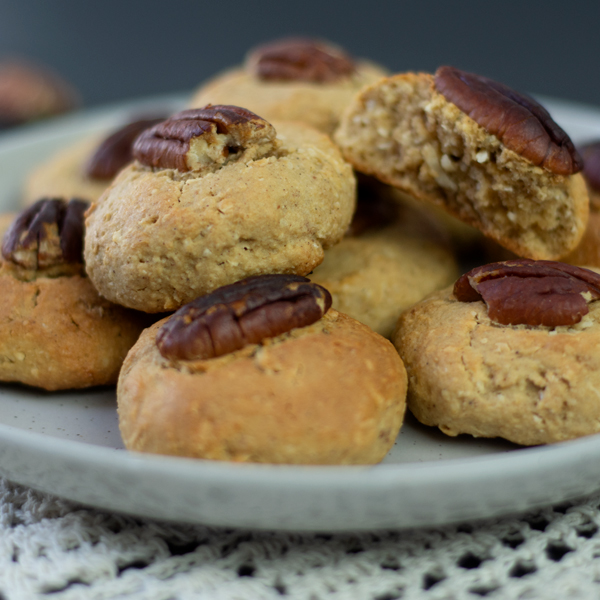 Quick And Easy Nutty Biscuits