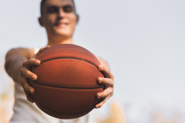 8 Essential Supplements to Boost your Basketball Performance