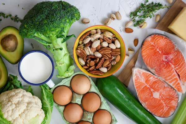 Your diet will play a major role in maximising your return from lifting weights regardless of whether your goal is to gain muscle or lose fat. Through proper diet and exercise the results can be staggering after just 3 months.