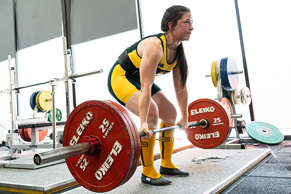 The Benefits of Powerlifting for Women