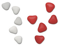 1kg Chocolate Heart Dragees 3cm White