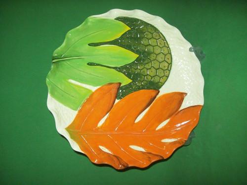 "Frazer's Ceramics 10"" Carved Breadfruit with Leaf Plate"
