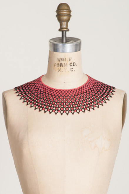 BEADED LACE COLLAR: Black & Coral Diamond