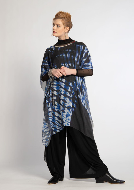 WHISPERING TEXTILES LONG PONCHO: Swiss Cross Blur