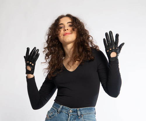 DRIVING GLOVES: Black Leather