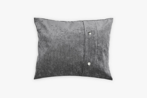 Throw pillow cover with buttons