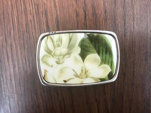 Magnolia Buckle