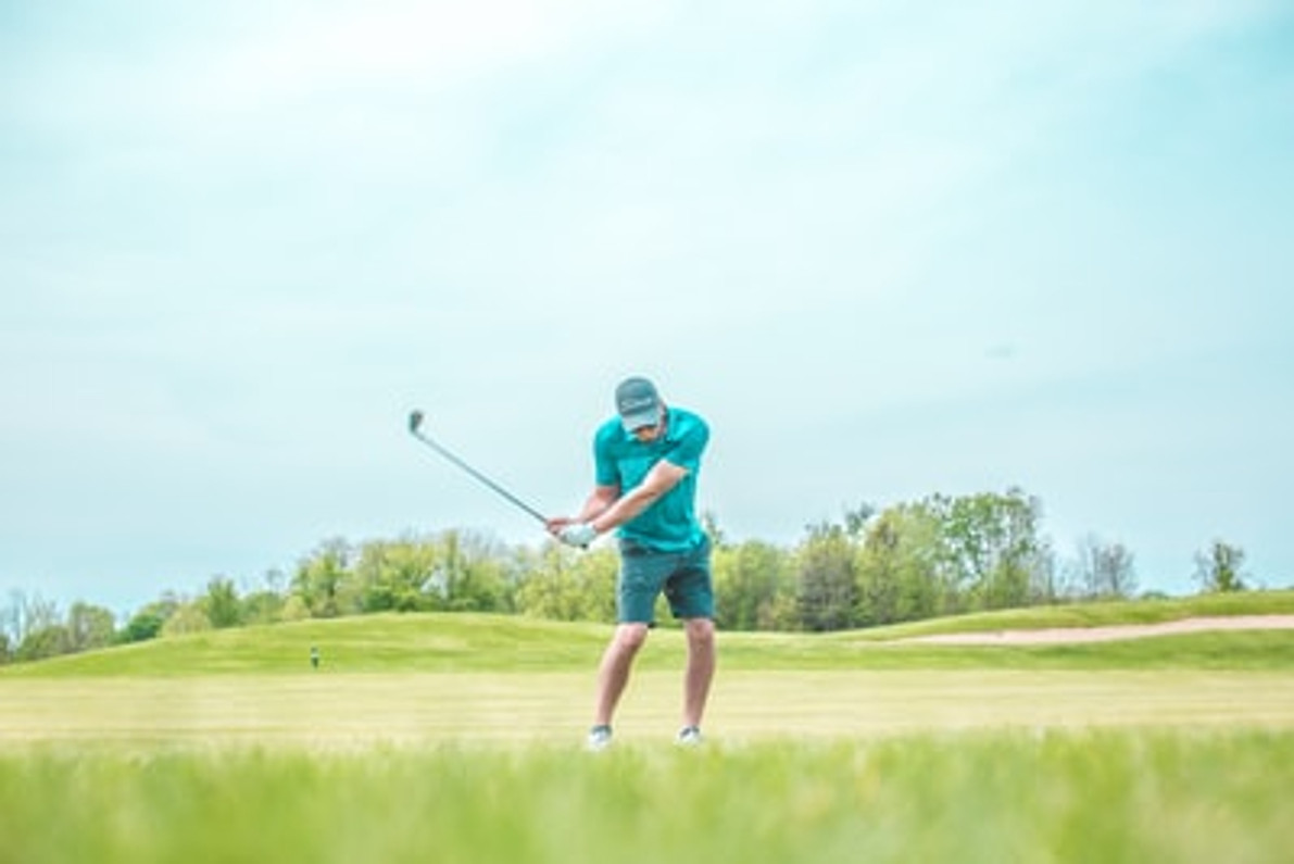 Five Tips to Stop Hooking Your Golf Ball