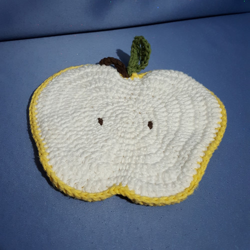 Apple Shaped Potholder in Yellow and White by Mumsie of Stratford
