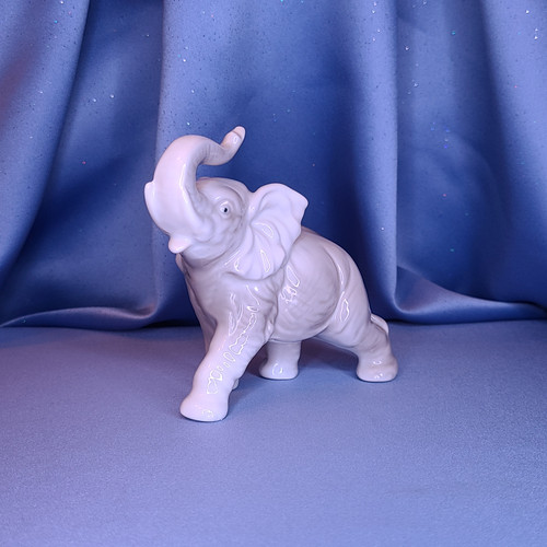 Grey Ceramic Elephant Figurine w/Comp Box.