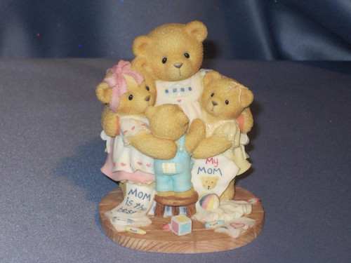 """Cherished Teddies Katie, Renee, Jessica and Matthew  """"I'm Surrounded By Hugs"""" W/Comp Box."""