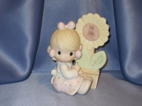 "Precious Moments ""A Growing Love"" Figurine by Enesco W/Comp Box."