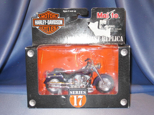 2002 Harley Davidson Motorcycle Fat Boy Die Cast Replica.