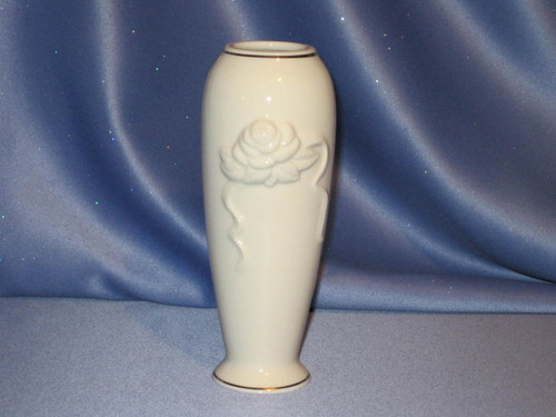 Rose Blossom Vase by Lenox (6 in.).