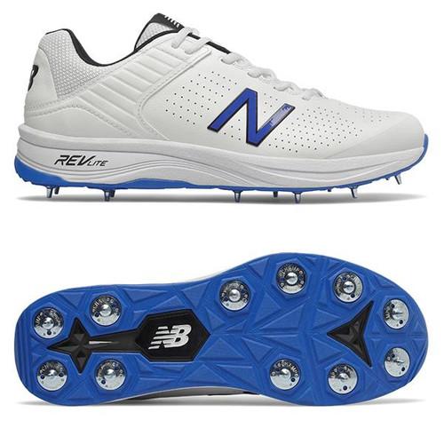 New Balance 4030v4 Cricket Spikes
