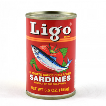LIGO SARDINES IN HOT TOMATO SAUCE 155G
