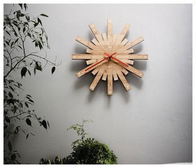 Alessi Raggiante Clock