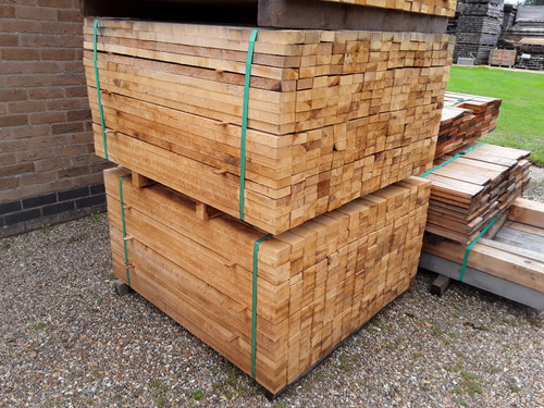 304 PCS HARDWOOD SAWN ENGLISH OAK TIMBER BOARD / PLANK / WOOD OFFCUTS