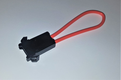 Standard Automotive Blade Fuse Holder. We also have fuses available for purchase aswell.